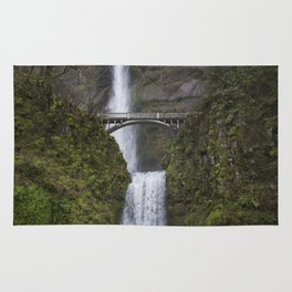 Multnomah Falls in Early Spring Rug
