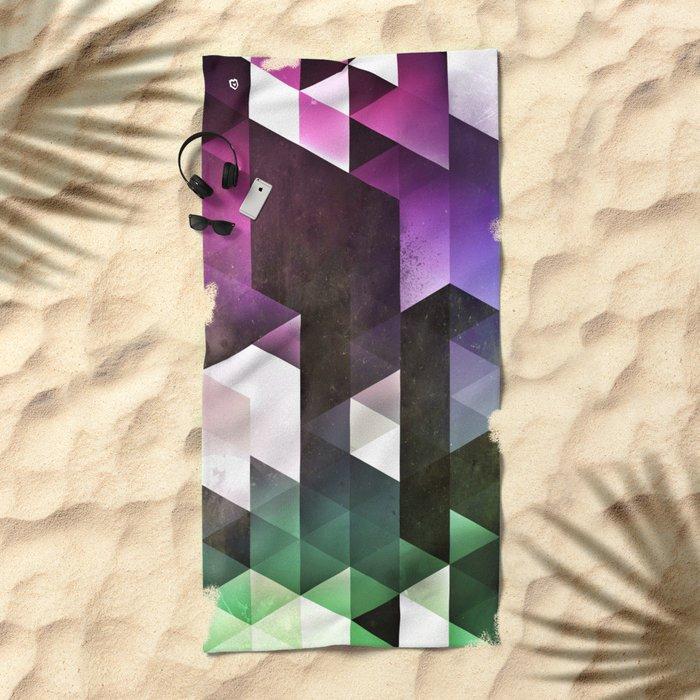 kynny Beach Towel