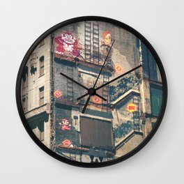 Building Kong Wall Clock