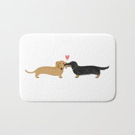 Cute Wiener Dogs with Heart   Dachshunds Love Badematte