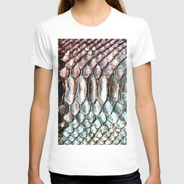 Glowing Iridescent Metallic Snake Skin T-shirt
