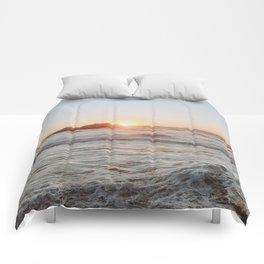 summer sunset iii Comforters