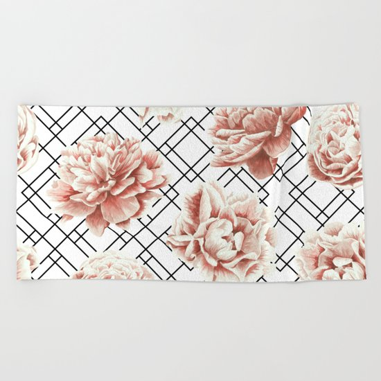 Rose Garden Vintage Rose Pink Cream White Mod Diamond Lattice Beach Towel