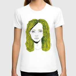 GIRL WITH CURLY KAKI HAIR  T-shirt