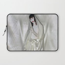"""say no to patriarchy / """"the madonna"""" Laptop Sleeve"""