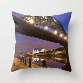 Bridges over the river Tyne in Newcastle, England at night Throw Pillow