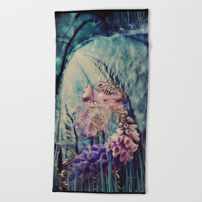 THE BLOOM Beach Towel
