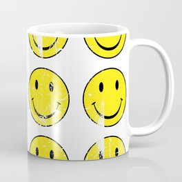 Smiley Face | Retro 70's | Vintage 70's Graphic Coffee Mug