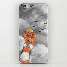 War L'Amour iPhone Skin