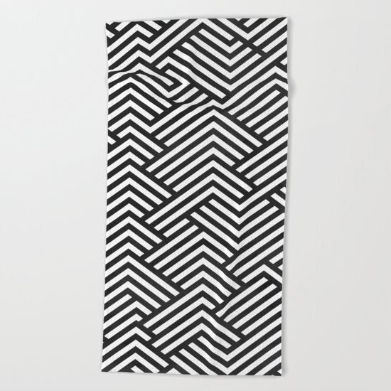 Bw Labyrinth Beach Towel