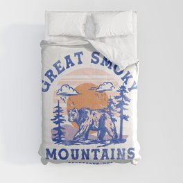 """""""Great Smoky Mountains National Park, Tennessee"""" Cool Retro Travel Poster Art Comforters"""