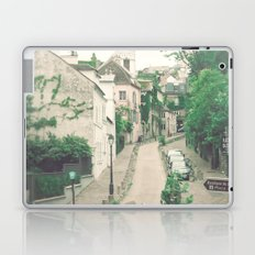 Paris - Montmartre - Architecture - beige, cream, white, grey - Parisian street Laptop & iPad Skin