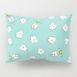 Teeth in crown Pillow Sham