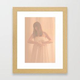 góng Framed Art Print