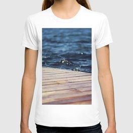WATER - PIER - SEA - CLOSEUP - PHOTOGRAPHY T-shirt