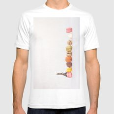 Paris, macarons and the eiffel tower White MEDIUM Mens Fitted Tee
