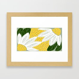 Large Scale Dasies Framed Art Print