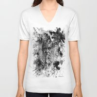 darwin V-neck T-shirts featuring Darwin by Psyca