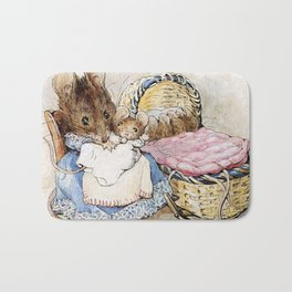 Mouse mother and babies Bath Mat