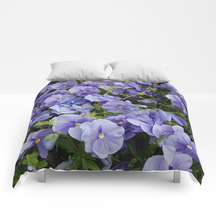 Pansy flower Comforters