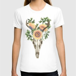 Bohemian deer skull and antlers with flowers T-shirt