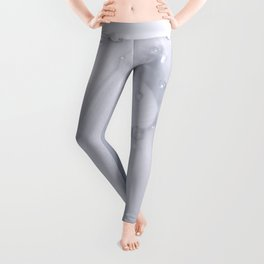 White tulip with water drops 27 Leggings