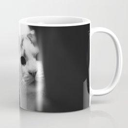 Cat peeking over owner's shoulder - black & white Coffee Mug