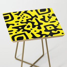 QR Clothes Yellow - Accessories Side Table