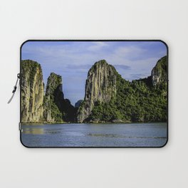 Beautiful Limestone Cliffs Covered in Green Trees and Bushes Rising up from Halong Bay, Vietnam Laptop Sleeve