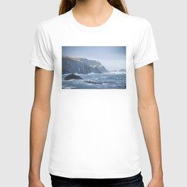 Cliffs at Port T-shirt