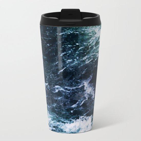 Wild ocean waves Metal Travel Mug