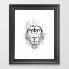 Cool lion (bw) Framed Art Print