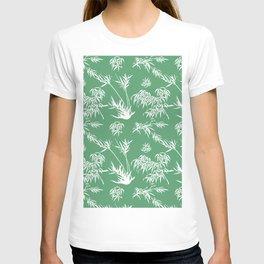 Bamboo Silhouettes in Everglade Green/Seashell White T-shirt