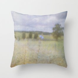 No-man's-land Throw Pillow