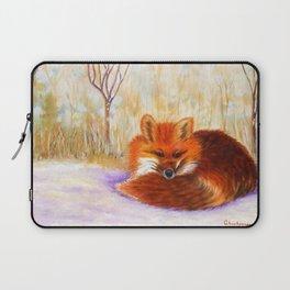 Red fox small nap | Renard roux petite sieste Laptop Sleeve