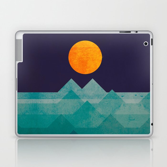 The ocean, the sea, the wave - night scene Laptop & iPad Skin