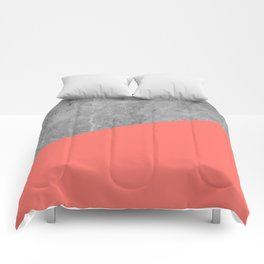 Living Coral on Concrete Geometrical Comforters