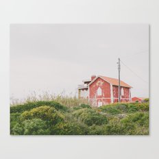 That red house Canvas Print
