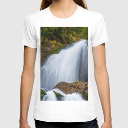 Cascada Valul Miresei, Romania T-shirt