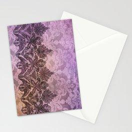 ABERDEEN HEIRLOOM, LACE & DAMASK: PARISIAN PLUM Stationery Cards