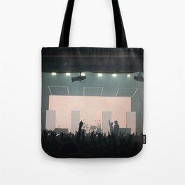 1975 concert Tote Bag