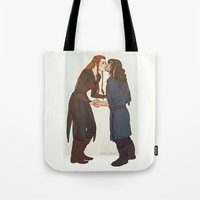 kili Tote Bags featuring kili and tauriel kiss by Ronnie