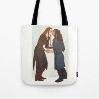 kili Tote Bags featuring kili and tauriel kiss by Ronnie