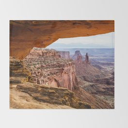 Mesa Arch / Canyonlands Throw Blanket