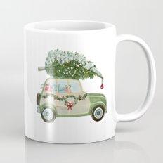 Vintage Christmas car with tree green Mug
