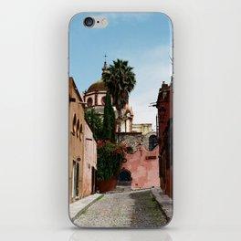 Aldama Parroquia iPhone Skin