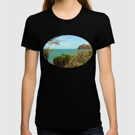 Beautiful tropical coastal view T-shirt