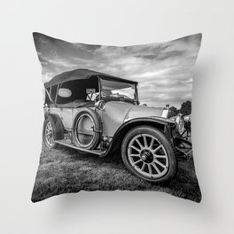 Iris Tourer 1912 Throw Pillow