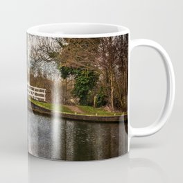 Sulhamstead Swing Bridge On The Kennet and Avon Coffee Mug
