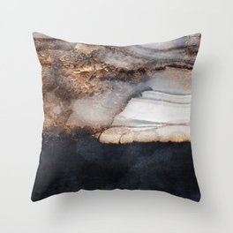 Incoming storm Throw Pillow